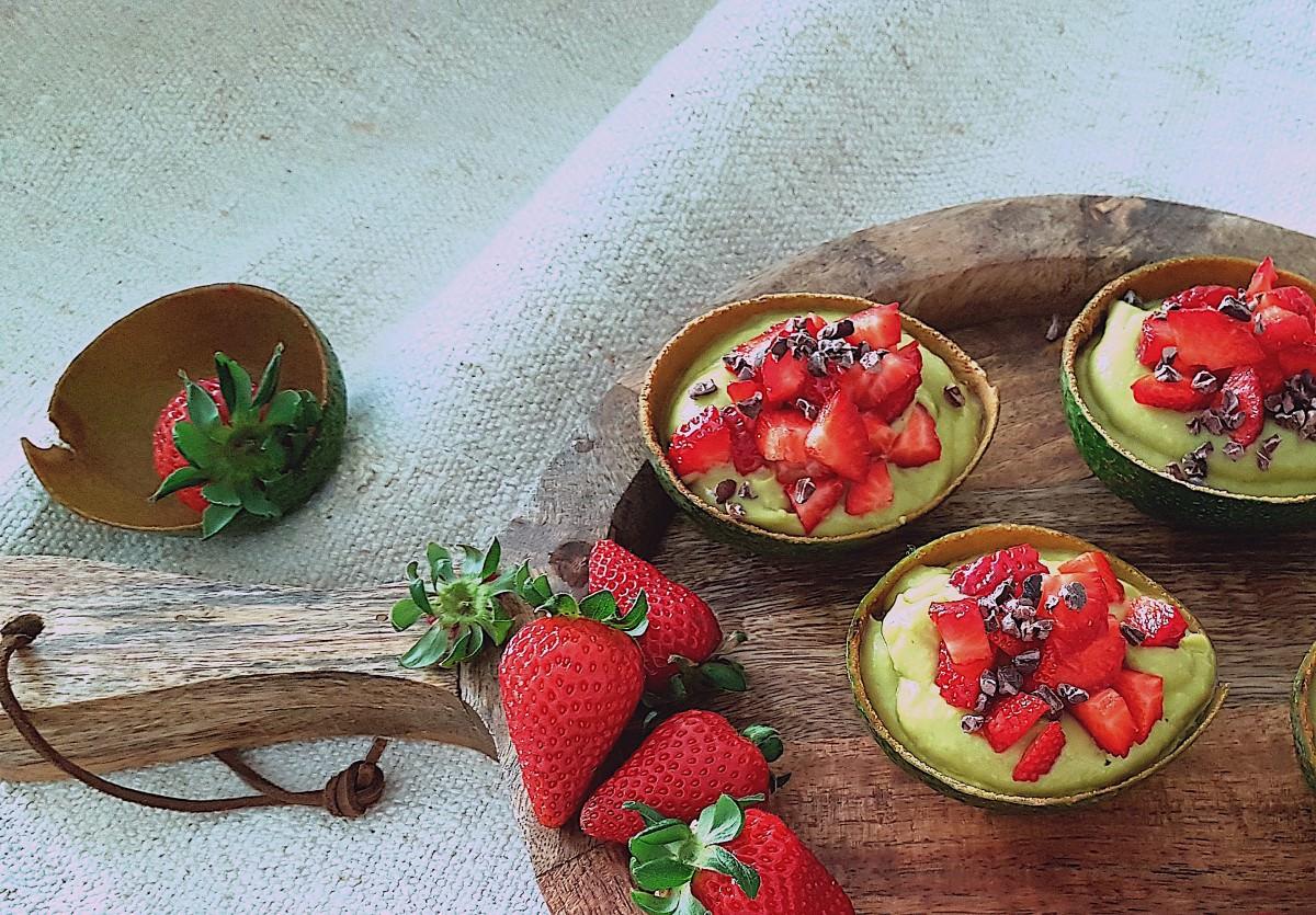 Abacate com frutos - 0