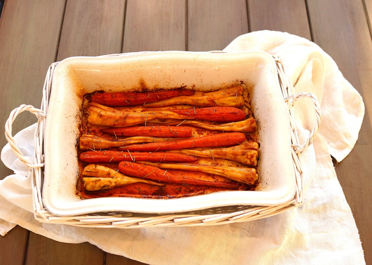 Cenoura e raiz de salsa no forno - 0