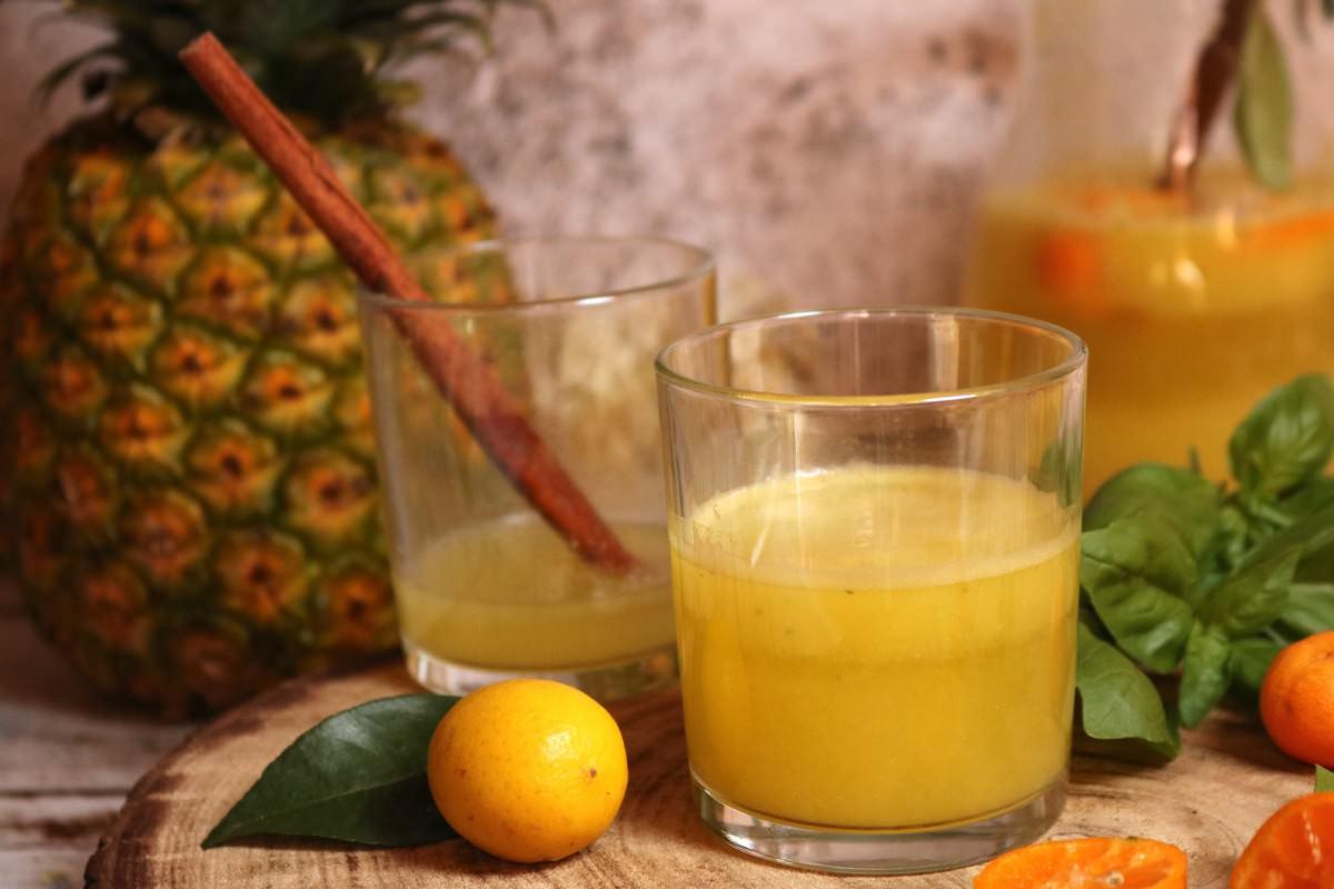 Água de Coco com Abacaxi e Manjericão - 1